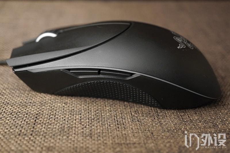 彩版游戏鼠标拆解评测