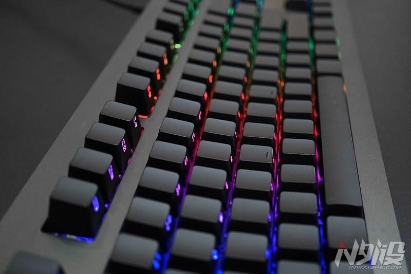 黑爵AK60侧刻RGB背光机械键盘灯光效果