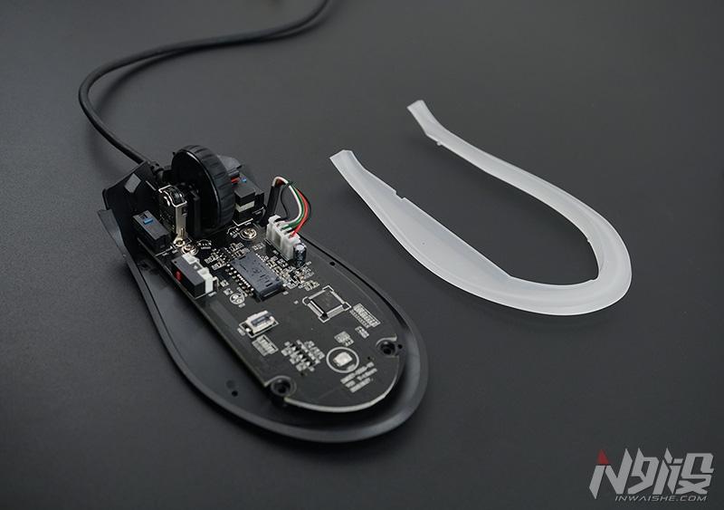 富勒CO610游戏鼠标拆解评测